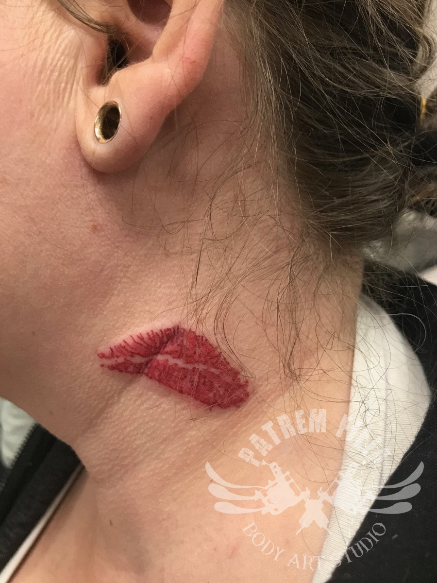 Lippen tattoo Tattoeages 1